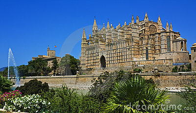 Palma Cathedral with fountain, Majorca