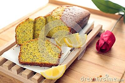 Pan del germen de amapola del limón