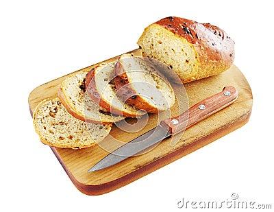 Pan rebanado en una tarjeta de corte