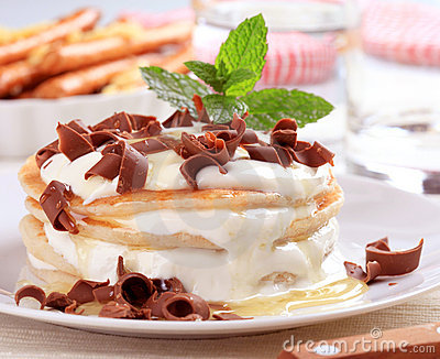Pancakes with curd cheese and chocolate