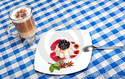 Panna cotta and coffee