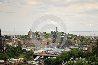 Panorama d Edimbourg