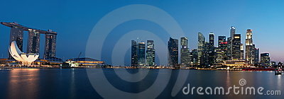 Panorama da arquitectura da cidade de Singapore Foto Editorial
