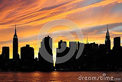 Panorama de coucher du soleil de new york city manhattan - Coucher du soleil new york ...