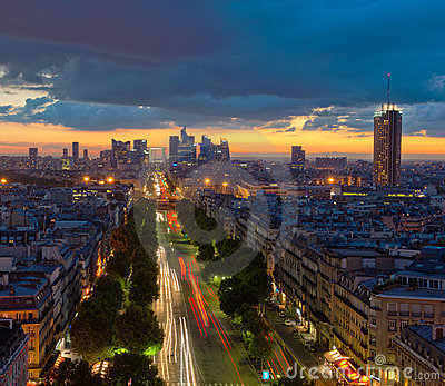 Panorama de Paris no por do sol