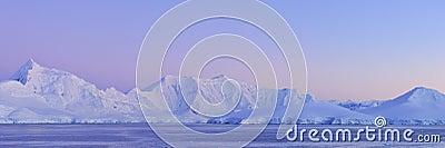 Panorama ice continent antarctica