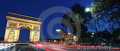 Panoramic Arc de Triomphe by night