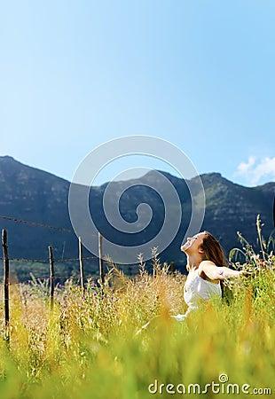 Panoramic freedom girl