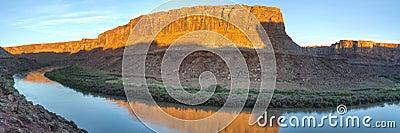 Panoramic view of desert river