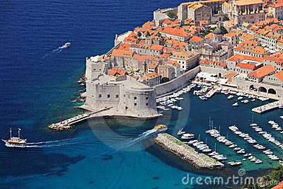 Panoramic view of an old city of Dubrovnik