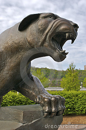 Free Panther Statue Royalty Free Stock Images - 731609