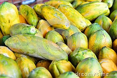 Papaia para a venda em Costa-Rica
