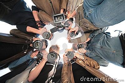 Paparazzis auf Nachricht