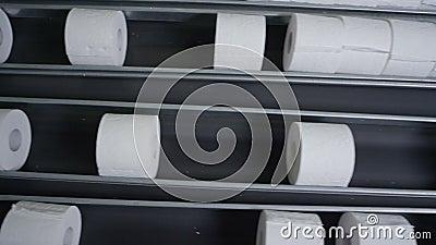 Papel higiénico estándar macro Rolls en transportador metrajes