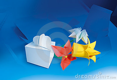 Paper flowers and paper box