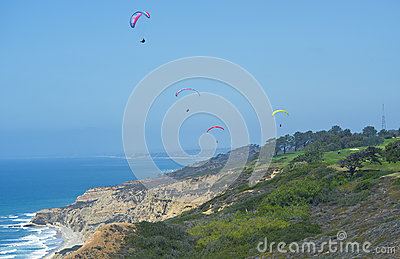 Para-gliders, Torrey Pines Golf Course, California