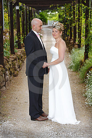Para poślubiająca niedawno