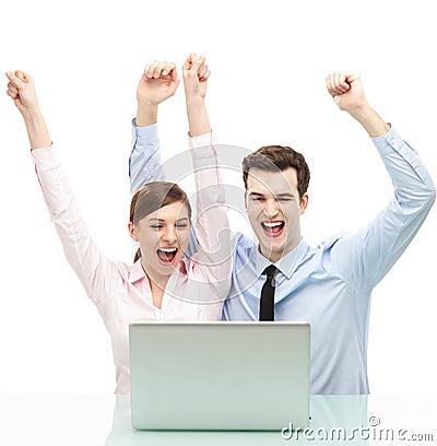 Para z rękami podnosić