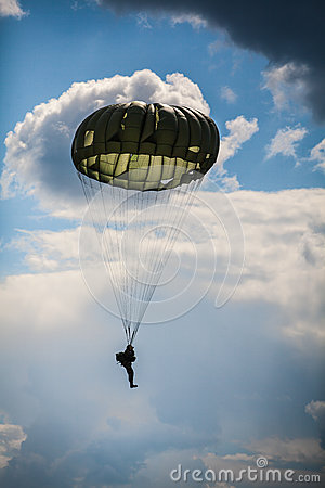 Free Parachutist In The War Royalty Free Stock Photography - 44851207
