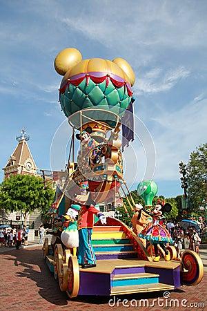 Parada de Disneylâandia Fotografia Editorial