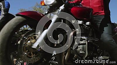 Parada e mostra dos motociclistas Lobos MG Rússia da noite video estoque