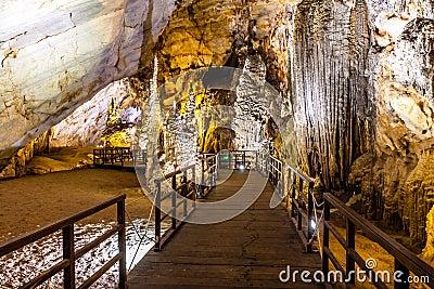 Paradise cave at Dong Hoi