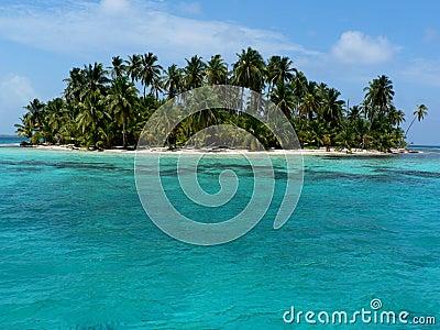 Paradise island, panama