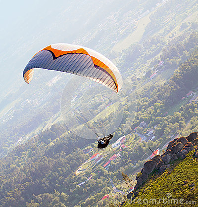 Free Paraglider Stock Images - 43459464