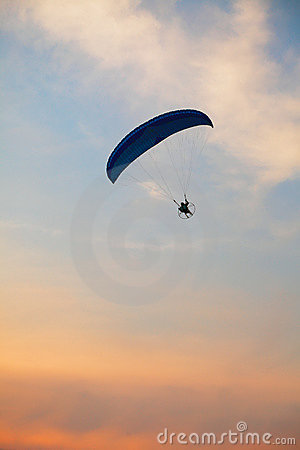 Paraglider - Feeling free on the sky