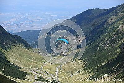 Paraglider over Transfagarasan road