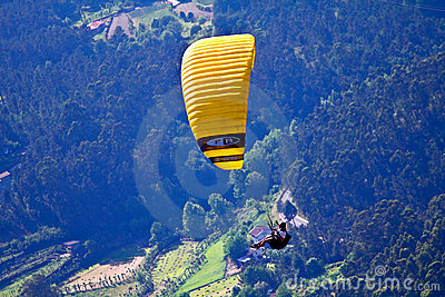 Paragliding Royalty Free Stock Photos - Image: 14596278