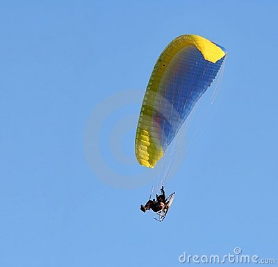 Paragliding with engine