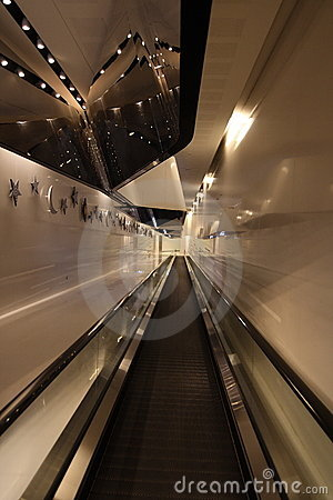 Parallel escalator