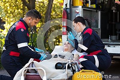 Paramedics young patient