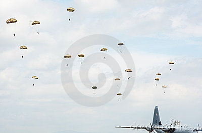 Paratroopers in the air during airshow Editorial Photography