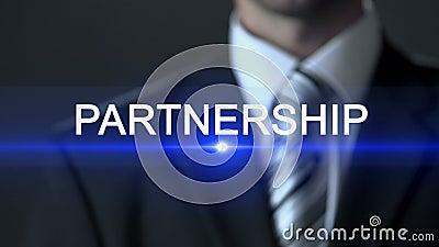 Parceria, tela tocante vestindo do terno do homem de negócios, colaboração da empresa filme
