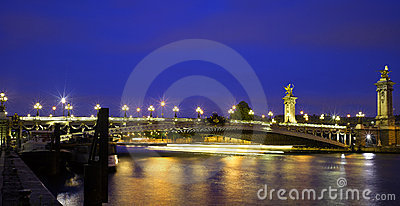 Paris: Alexandre III bridge