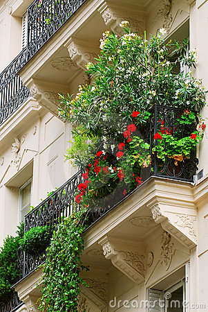 Free Paris Balcony Stock Image - 2981461