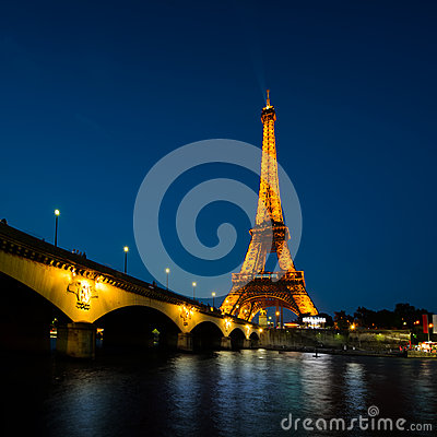 Paris cityscape at sunset - Eiffel tower Editorial Stock Photo