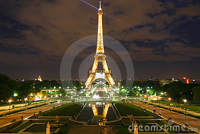 Eiffel Tower Paris Pictures Night on Editorial Photo  Paris Eiffel Tower At Night  Image  19396379