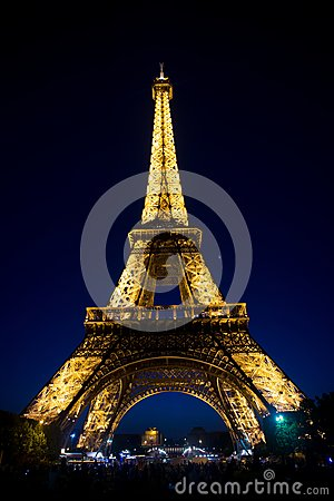 Free Paris, France - June 01, 2017: Eiffel Tower On Night Sky. Tower With Light Illumination. Architecture Structure And Design Concept Stock Photo - 114686930