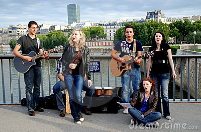 Paris, France: Musicians on Pont des Arts Editorial Photography