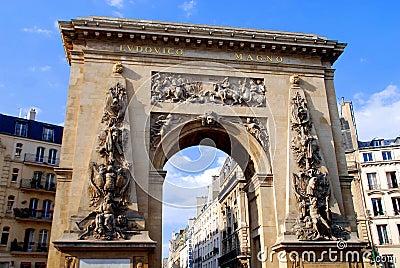 Paris, France: Porte St. Dénis