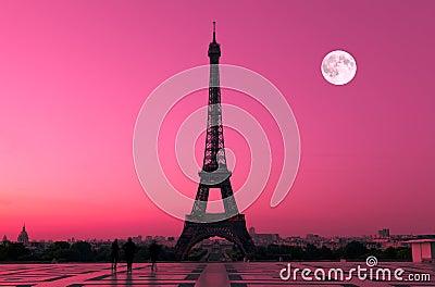 Paris à l aube