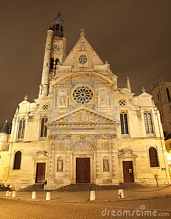 Paris - St. Etienne-du-Mont church in night
