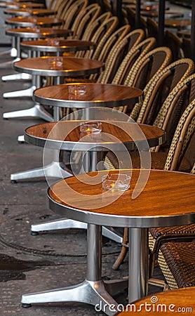 Free Parisian Street Terrace Royalty Free Stock Photography - 27991197