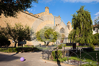 Park of Olite with ballon, Navarre, Spain