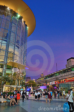 Park paragon and skytrain 1 Editorial Stock Image