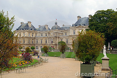 Park in paris jardin luxembourg