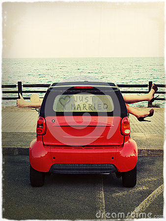 Free Parking By The Sea Royalty Free Stock Photos - 27791648